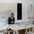Christel Hermann im Atelier