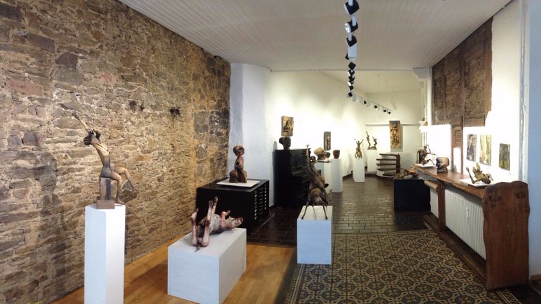 Ausstellungen und Kataloge